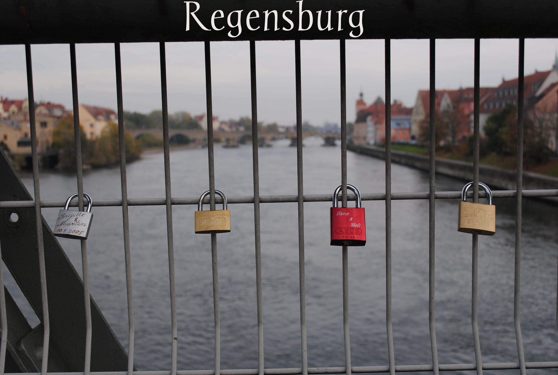 RegensburgLocksChantelli